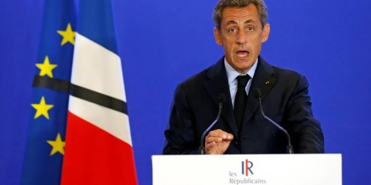 Droite et FN pressent le gouvernement de revoir sa stratégie