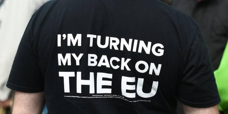 Grande-Bretagne: le Brexit en tête, les marchés inquiets