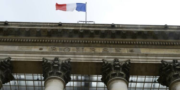 La Bourse de Paris finit en hausse de 1,78% à 4.444,42 points