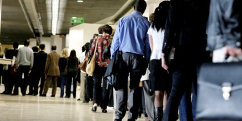 Près de 1 million de chômeurs de plus sous l'ère Hollande
