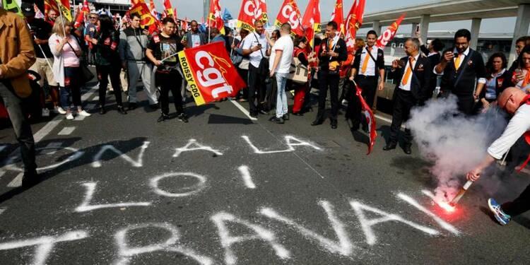 La CGT répond à François Hollande en maintenant les grèves