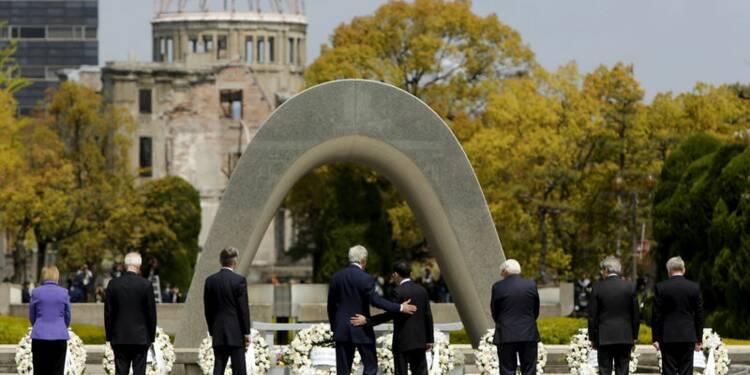 John Kerry et les ministres du G7 au mémorial d'Hiroshima
