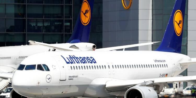 Lufthansa abaisse sa prévision de profits