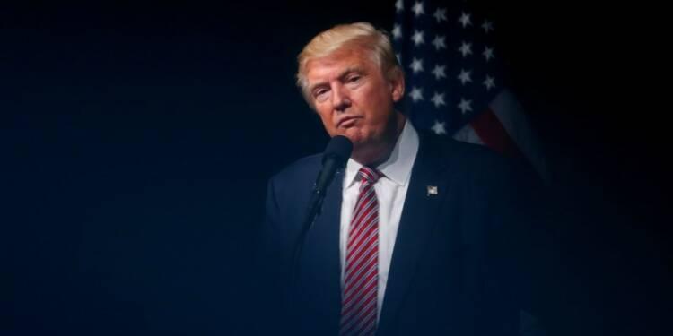Trump plaide l'unité pour sortir de la polémique Khan