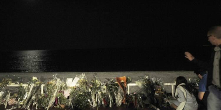 Hollande juge la colère légitime, mais la cohésion indispensable