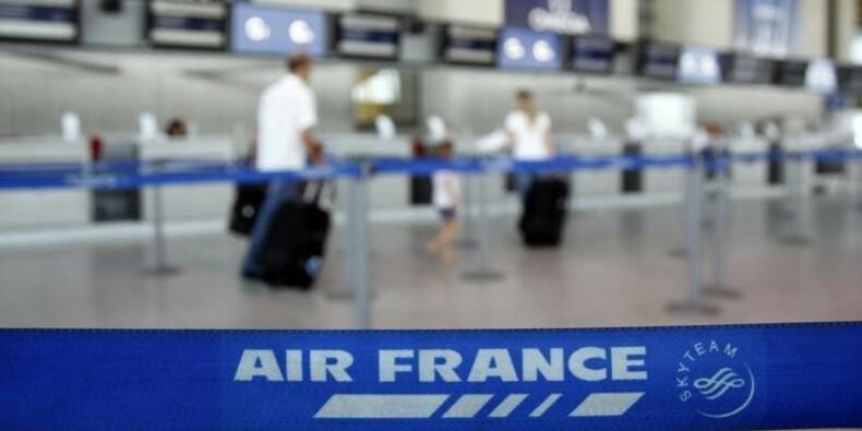 Préavis de grève des hôtesses et stewards d'Air France en juillet