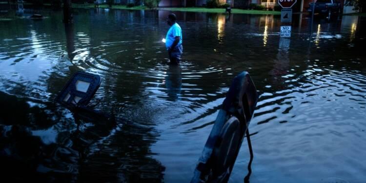 Etats-Unis: des milliers d'évacuations face aux inondations ou aux incendies