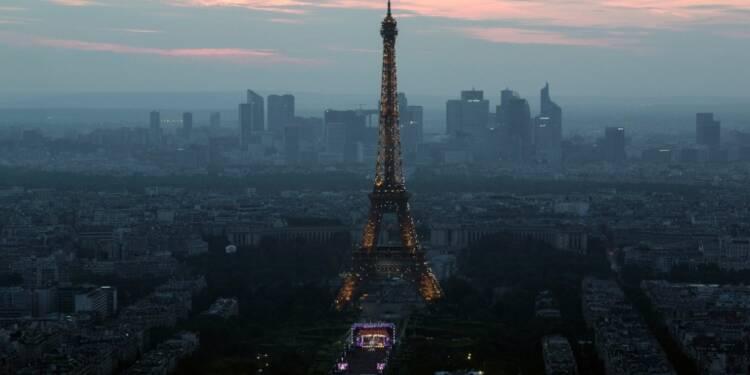 Loi travail: la tour Eiffel fermée au public