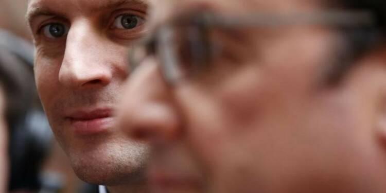 """Les fidèles de Hollande veulent contenir la """"vague"""" Macron"""