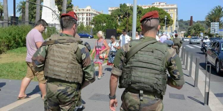 Une majorité de Français critiques envers l'état d'urgence