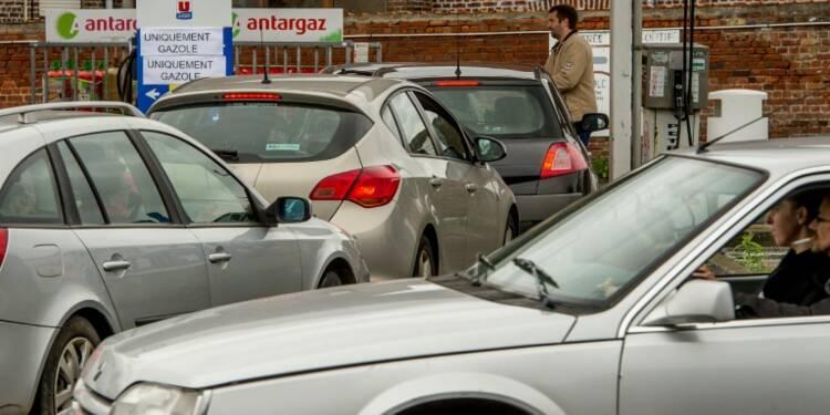 """Pénuries de carburant: pour les frontaliers nordistes, """"heureusement qu'il y a la Belgique"""""""