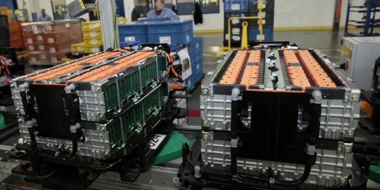 La production industrielle américaine rebondit plus que prévu