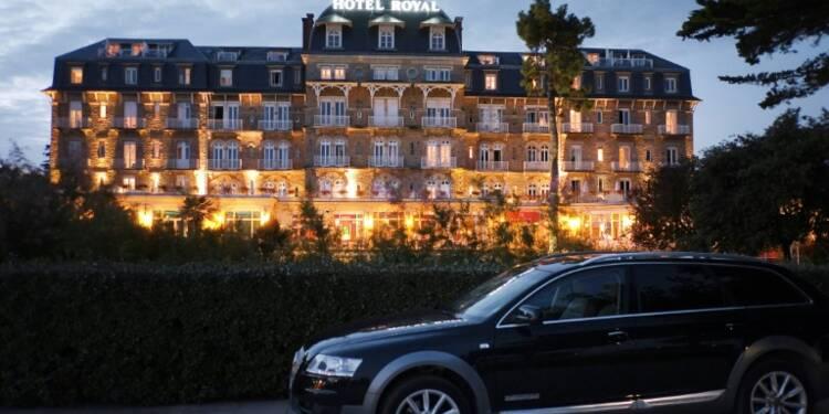 """Booking.com présente une charte de """"bonnes pratiques"""" pour apaiser les relations avec les hôteliers"""