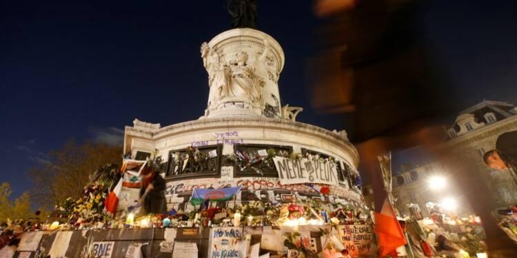 Hommage aux victimes des attentats le 10 janvier avec Hollande