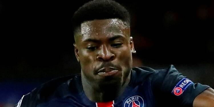 Le joueur du PSG Serge Aurier en garde à vue