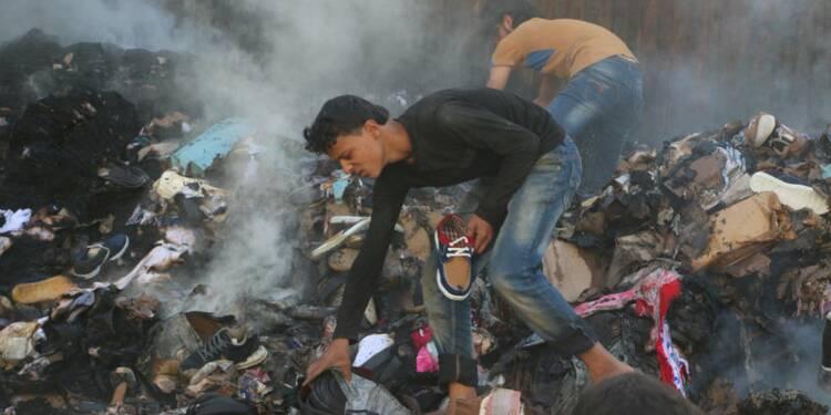Syriens et Russes continuent de bombarder Alep