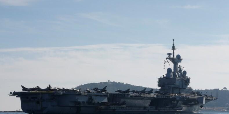 Le chef du Pentagone en visite à bord du Charles-de-Gaulle
