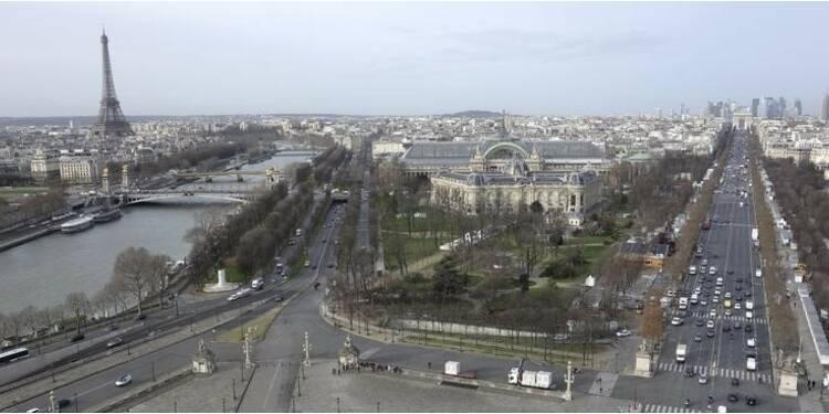 Anne Hidalgo veut redécouper Paris, l'opposition vent debout