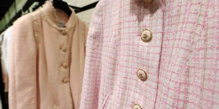 Chanel investit dans une filière soie