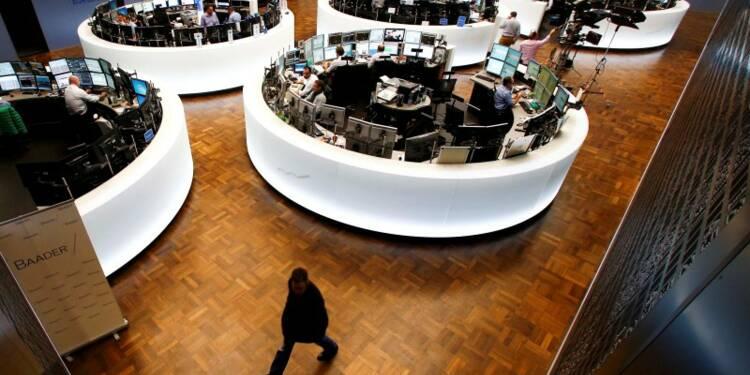 Les marchés européens orientés en légère baisse à mi-séance
