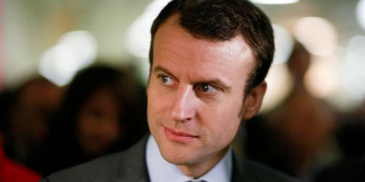 Emmanuel Macron de plus en plus isolé au sein du gouvernement