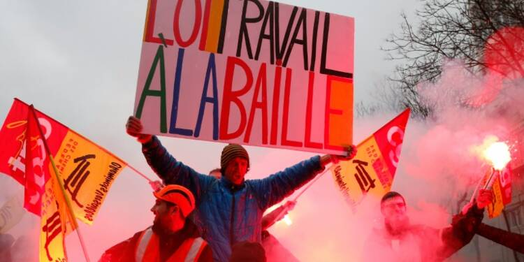 Loi travail: près de 390.000 manifestants en France, selon la police
