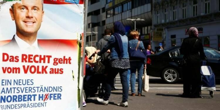 Paris redoute la victoire de l'extrême droite en Autriche
