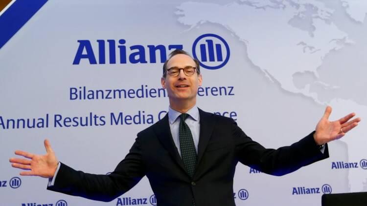 Allianz évoque des turbulences et recule en Bourse