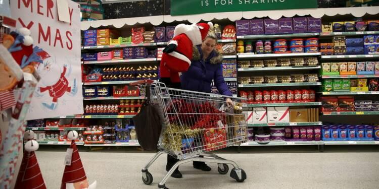 Rebond des ventes au détail en Grande-Bretagne grâce à Noël