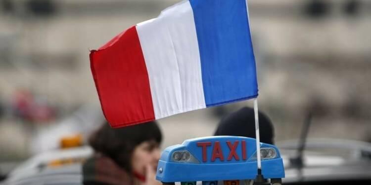 Levée de barrages de taxis après les annonces de Manuel Valls