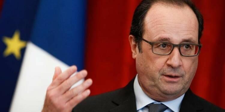 La cote de Hollande retombe à son niveau d'avant les attentats