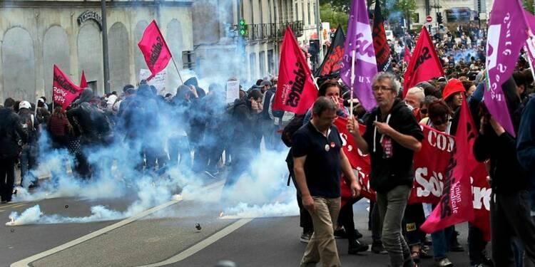 A Nantes, des manifestants bravent l'interdiction préfectorale