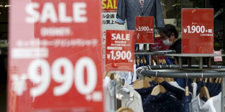 Shinzo Abe maintient en principe la hausse de la TVA au Japon