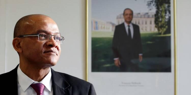 """La France se prépare à ouvrir des centres de """"déradicalisation"""""""