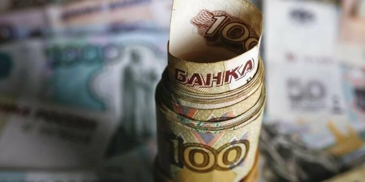 L'économie russe se serait contractée de 3,7% en 2015