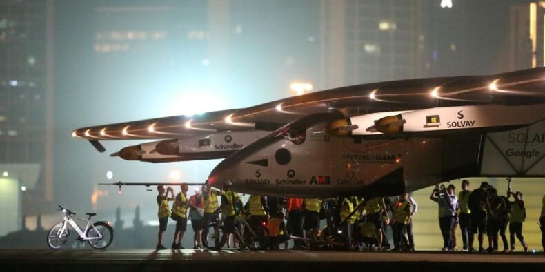 Solar Impulse 2 clôt son tour du monde sans carburant