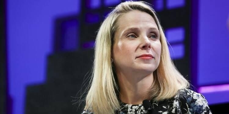 Yahoo va réfléchir à son avenir et à celui de Marissa Mayer