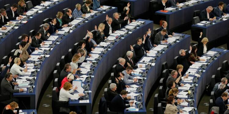 """Feu vert du Parlement européen à la collecte des données """"PNR"""""""