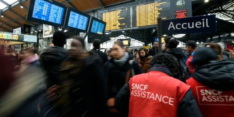 Grève à la SNCF: 3 TGV sur 4, et 4 RER sur 5 prévus mercredi et jeudi