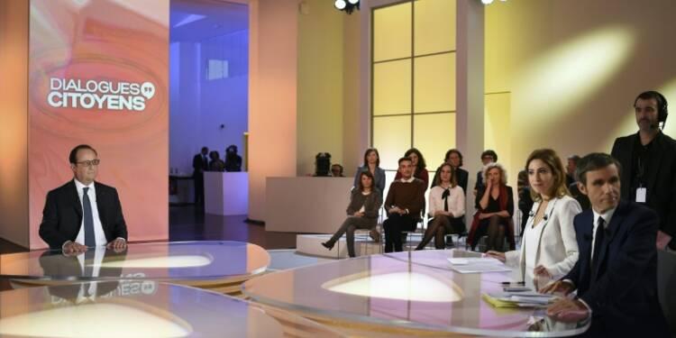 """Hollande sur France 2: la France """"va mieux"""", décision en fin d'année sur sa candidature"""