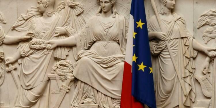 """Manuel Valls propose aux députés de """"crever l'abcès"""" du Brexit"""