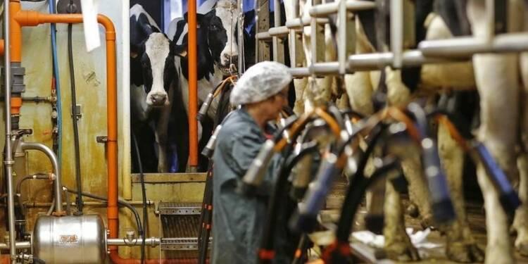 Stéphane Le Foll appelle au dialogue sur le prix du lait
