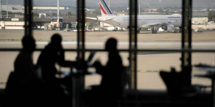 Trafic aérien: 20% de vols annulés dans cinq aéroports