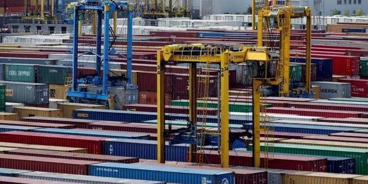 Déficit commercial en baisse en mars