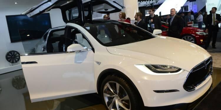 Etats-Unis: les nuages s'accumulent au-dessus de Tesla