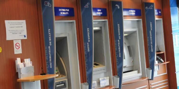 Retraits aux distributeurs concurrents : la note gonfle pour les clients des banques