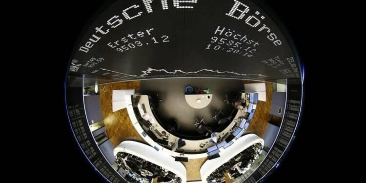 Les Bourses européennes reculent nettement à la mi-séance