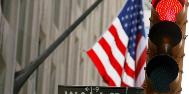 Wall Street ouvre en baisse, vers une perte hebdomadaire