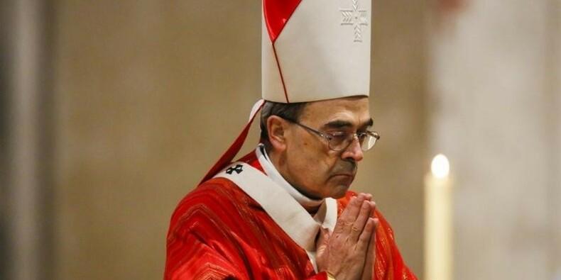 Le pape François exclut une démission du cardinal Barbarin