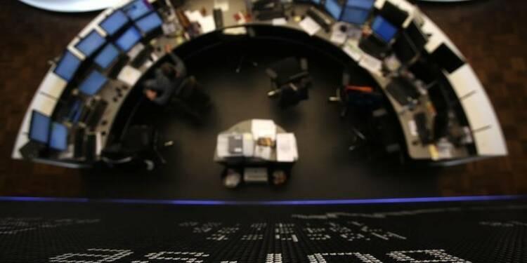 Les marchés européens, sauf Londres, en baisse à la mi-séance